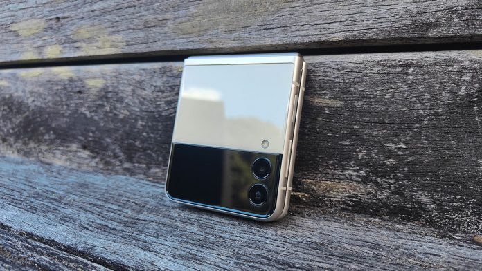 Samsung Galaxy Z Flip3 review 3